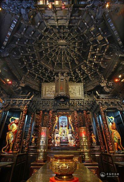 台湾云林县麦寮拱范宫-寺庙信息网