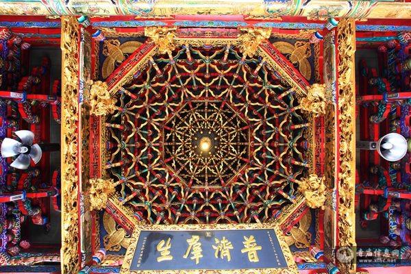 台湾台北龙山寺-寺庙信息网