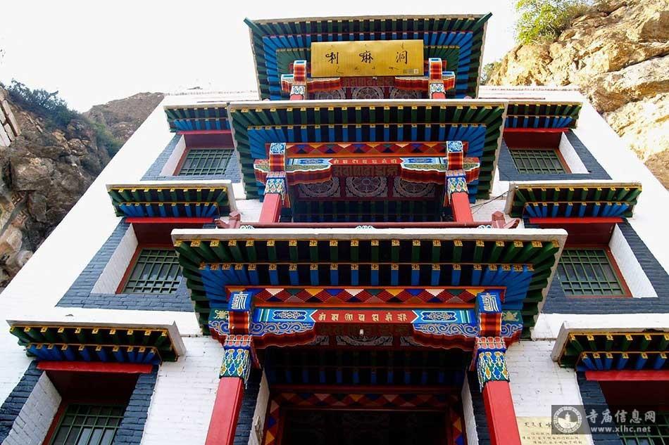内蒙古呼和浩特喇嘛洞召(广化寺)-寺庙信息网
